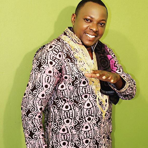 DOWNLOAD MP3 Christopher Mwahangila - HAKUNA KAMA WEWE MUNGU